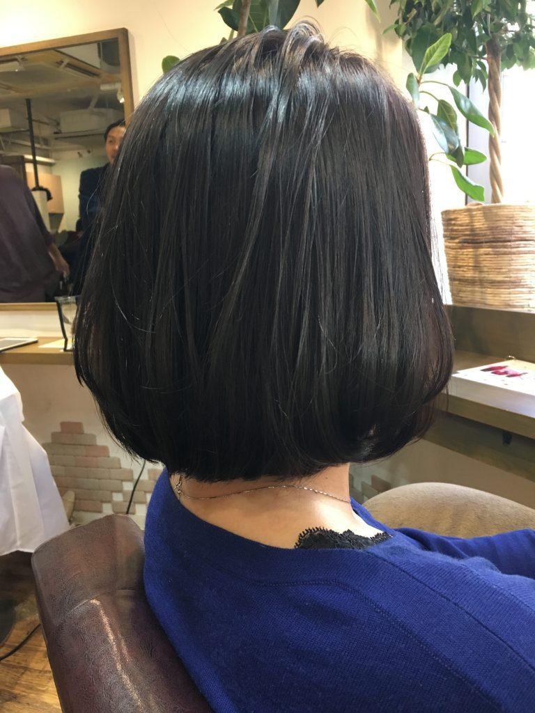 バッサリ 朝が楽な髪型